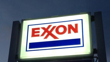 What Dividends Are Paid to Exxon Mobil Stockholders?