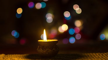 What Are Some of the Modern-Day Traditions of Hinduism?