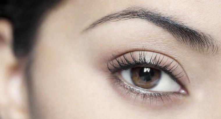 dye-eyelashes-eyebrows
