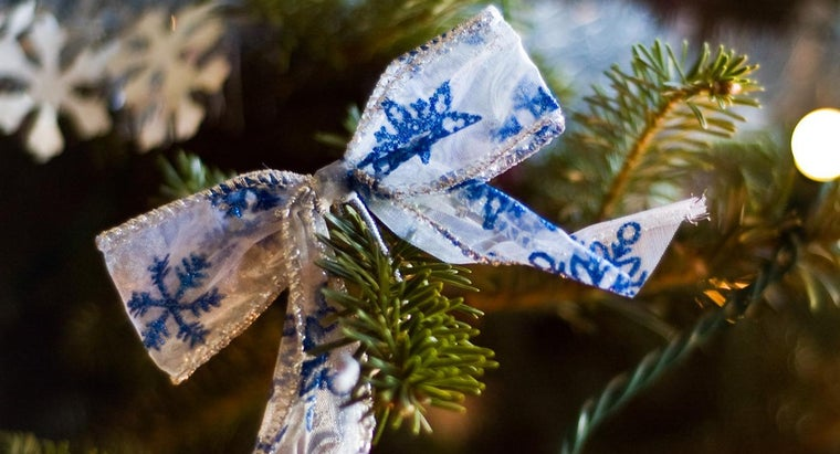 easiest-way-make-ribbon-bows
