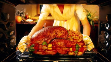What Are Some Easy Recipes for Cooking a Stuffed Turkey?