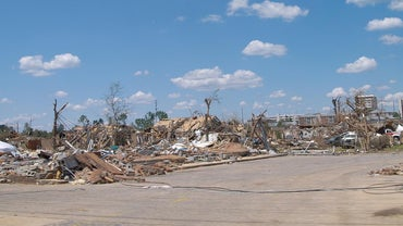 What Are Some Economic Effects of Tornadoes?