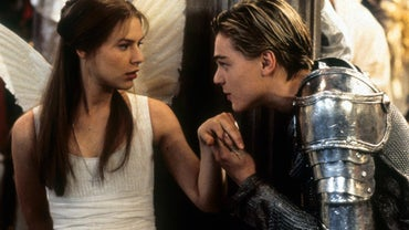 "What Is an Example of Hyperbole in ""Romeo and Juliet""?"