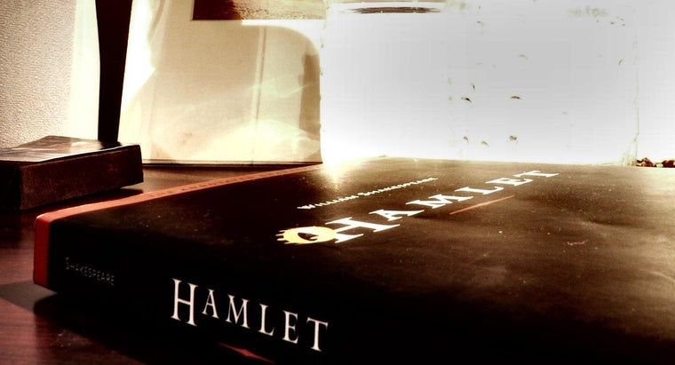 examples-personification-hamlet