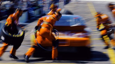 What Is the Fastest Four-Tire-Change Pit Stop in NASCAR?