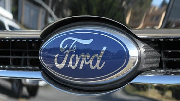 How Do You File a Complaint With the Ford Motor Company?