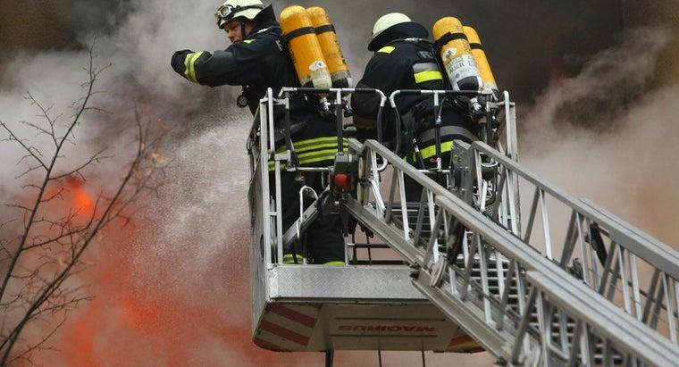 firefighter-use-chemistry
