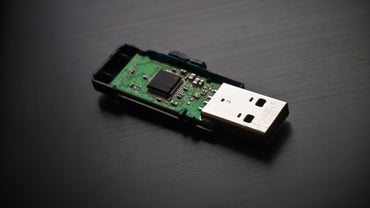 How Do Most Flash Drives Work?