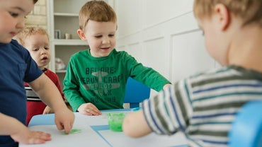 How Do You Form a Playgroup for Toddlers?