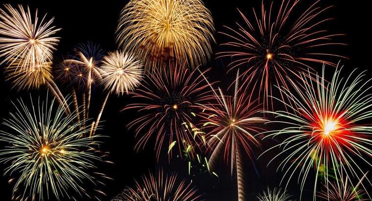 fourth-july-celebrated-fireworks