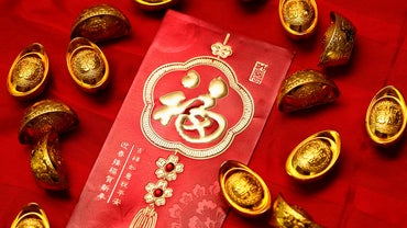 Do You Give Gifts at Chinese New Year?
