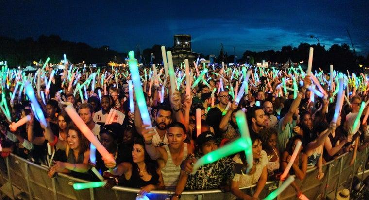 glow-sticks-made