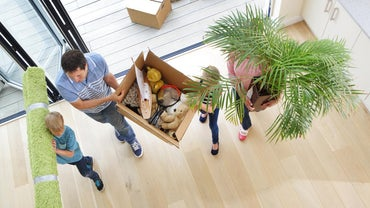 What Is a Good Checklist for Moving in and Moving Out?