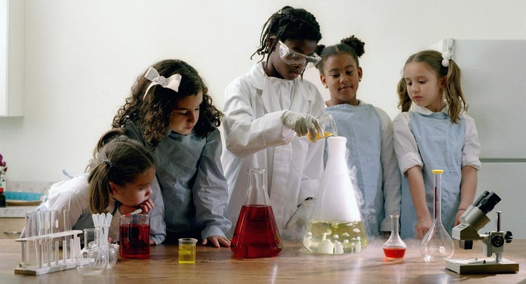 What Are Some Good Chemistry Experiments for Kids