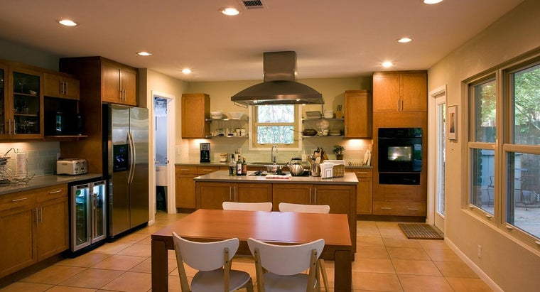 good-fluorescent-lighting-kitchen
