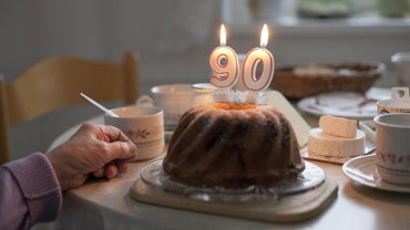 What Are Some Good Gifts for a 90-Year-Old?