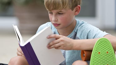 What Are Some Good Reading Games for Middle School Students?