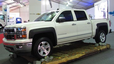 What Is the Gross Weight of the Average Chevy Silverado?