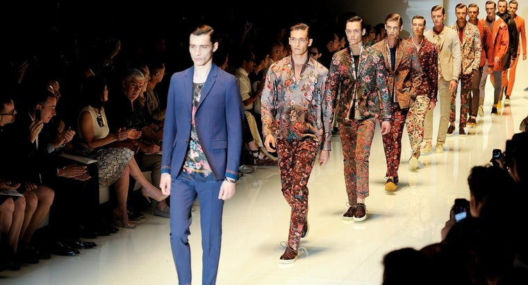 gucci-clothes-made