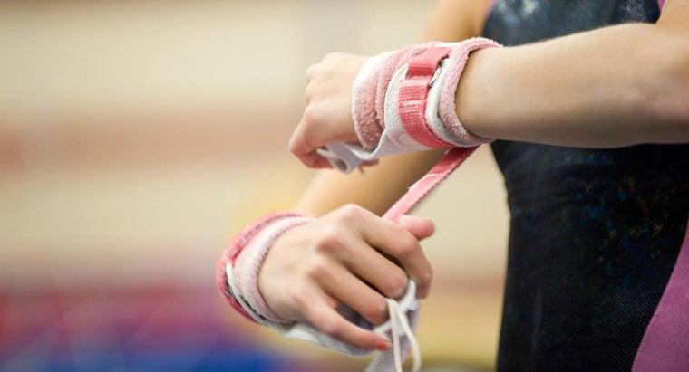 gymnasts-wear-wrist-supports
