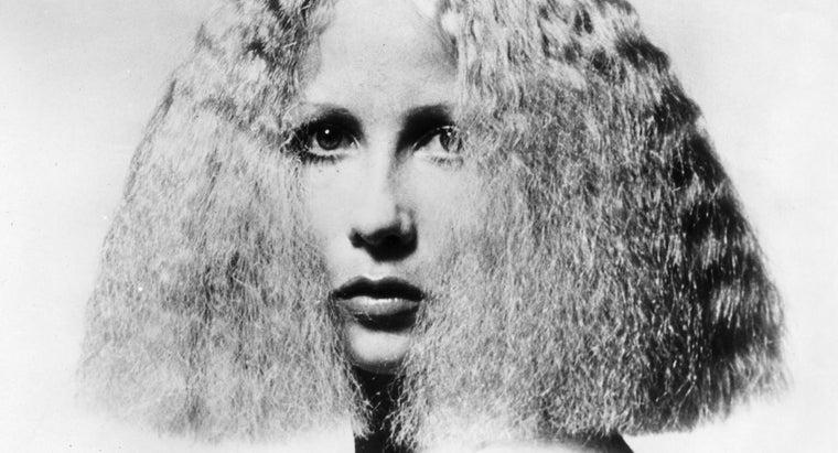 hairstyles-were-popular-1970s