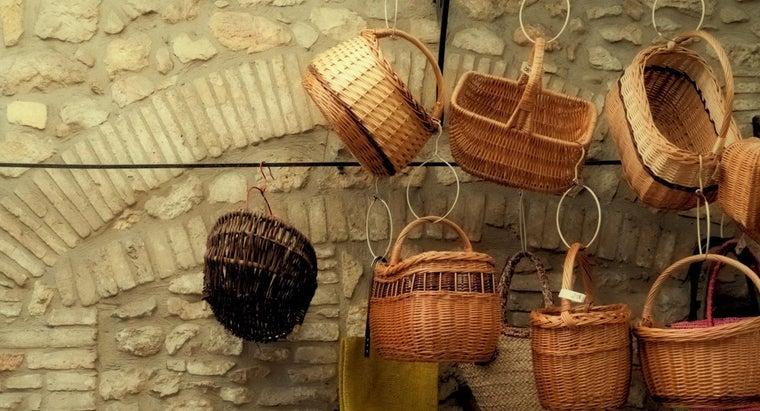 hang-wicker-baskets