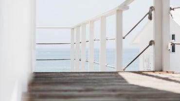 How High Should a Deck Railing Be?