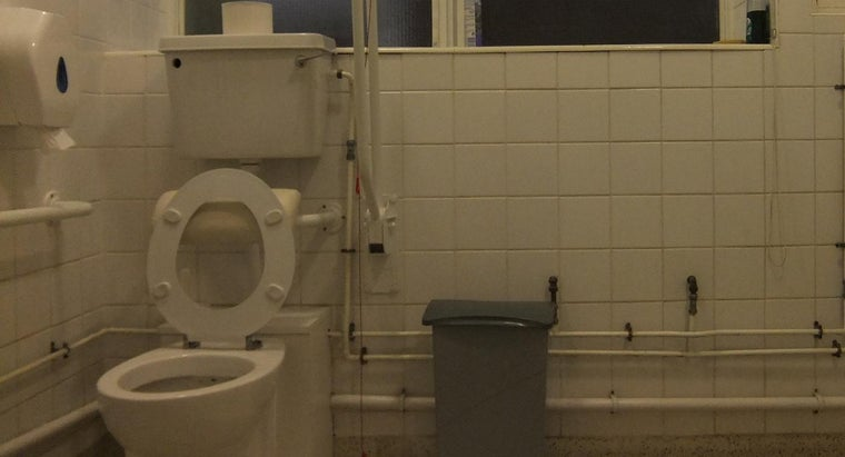 high-should-toilet-grab-bar