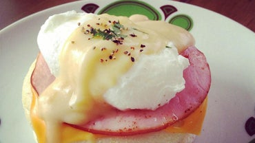 What Is Hollandaise Sauce?
