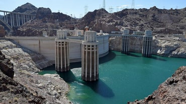 Why Was the Hoover Dam Built?