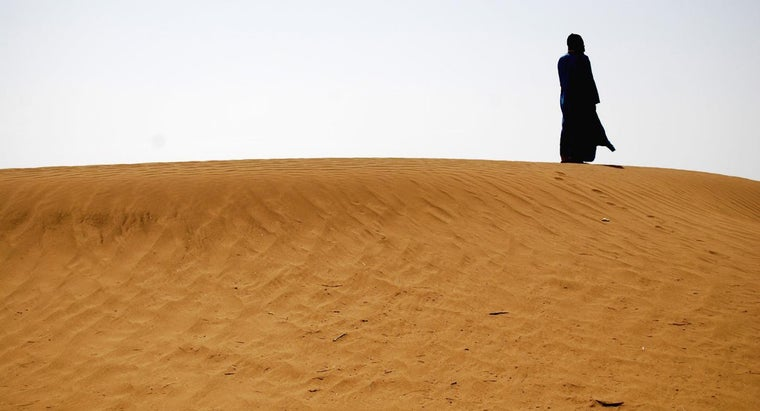 hot-can-sahara-desert-during-summer