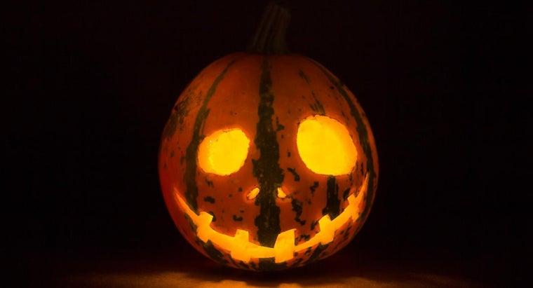 far-advance-can-carve-pumpkin
