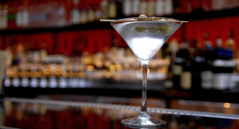many-calories-dirty-martini