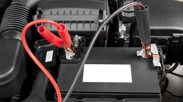 How Do You Know If You Need to Jump a Car Battery or Replace It?