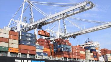 How Do Hydraulic Cranes Work?