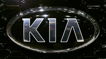 Does Hyundai Own Kia?