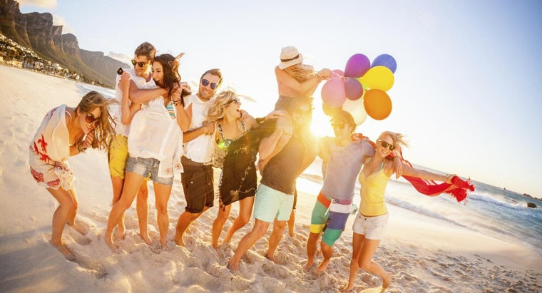 ideas-throwing-beach-party