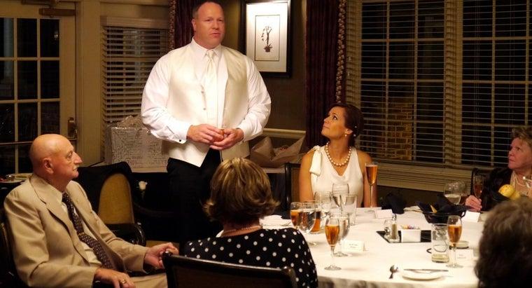 important-tips-giving-toast-groomsmen