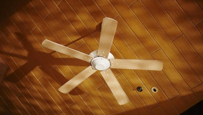 How Do You Install a Ceiling Fan Brace?