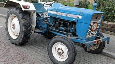 How Do You Install Ford Tractor Parts?