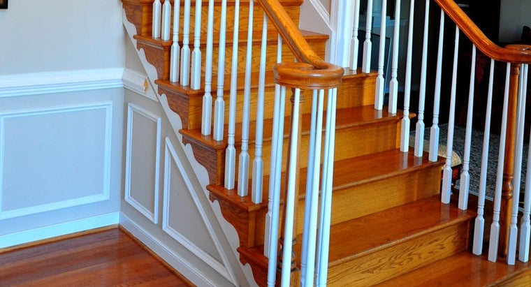 install-stair-railing