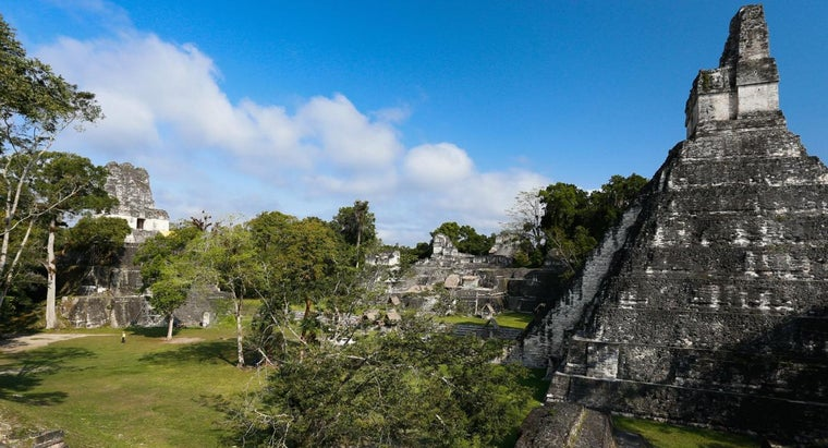 interesting-mayan-temples