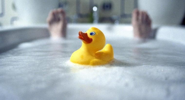 invented-first-bathtub