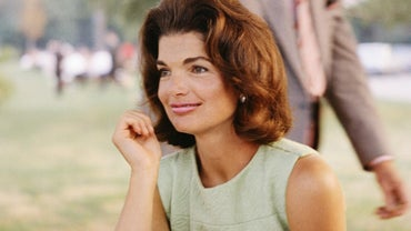 Who Was Jackie Kennedy's Fashion Designer?