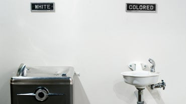 What Are Some Facts About the Jim Crow Laws?