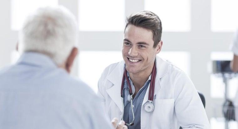 kind-doctor-treats-piriformis-syndrome
