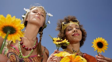 What Kind of Makeup Did Hippies Wear?