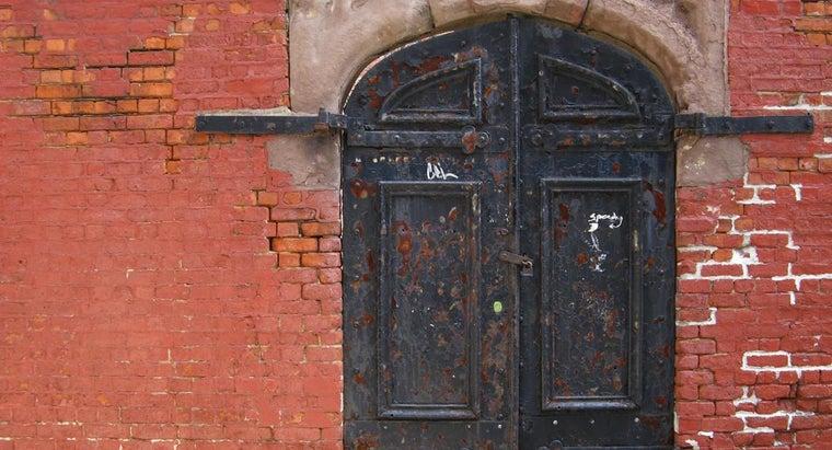 kind-paint-metal-doors