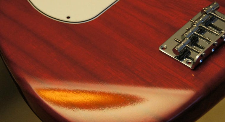 kind-paint-should-use-guitar