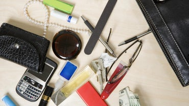 What Kinds of Items Are Commonly Found in Purses?